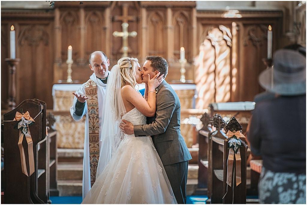 UK wedding photographer Lains Barn Oxfordshire - Fiona & Matt_2786