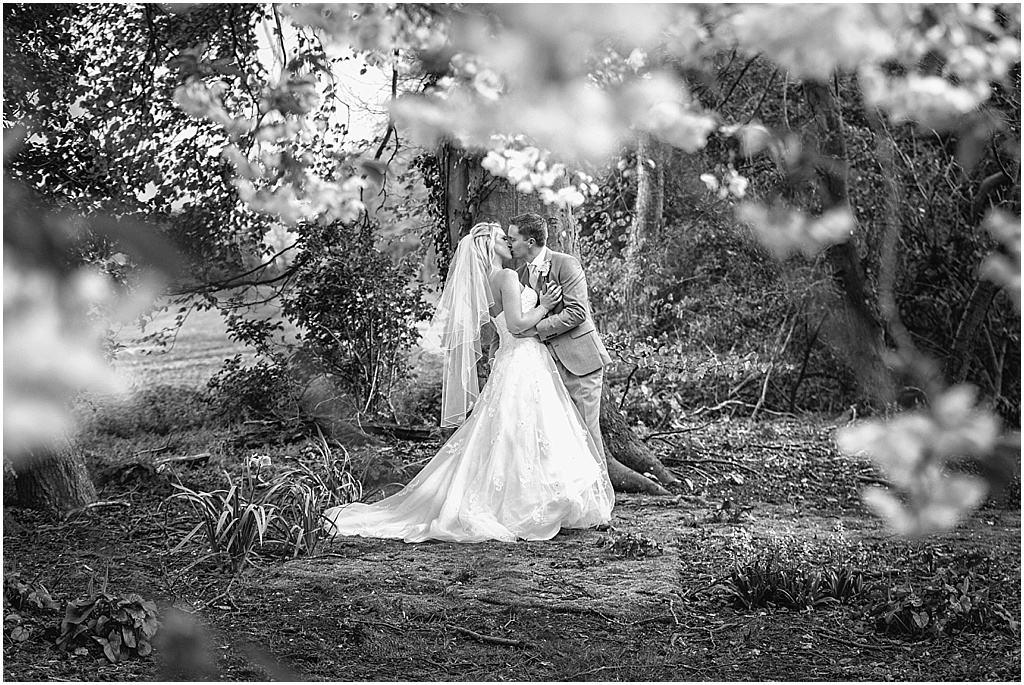 UK wedding photographer Lains Barn Oxfordshire - Fiona & Matt_2801