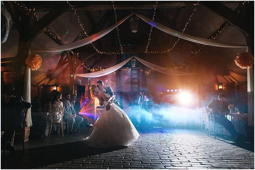 UK wedding photographer Lains Barn Oxfordshire - Fiona & Matt_2819