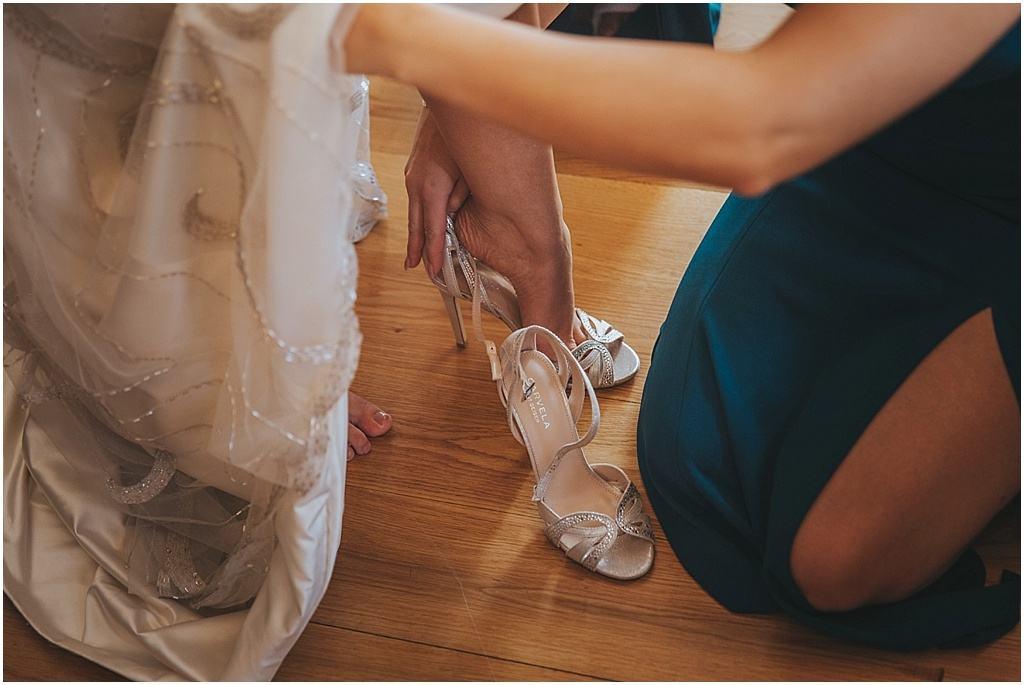 Festival wedding - Woodhill hall wedding photographer_3262